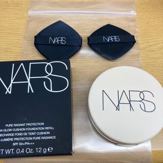 NARS - 洗浄済パフ2枚付きベスコス1位NARS クッションファンデ 511