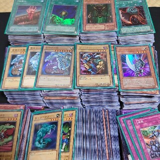 遊戯王 - 【早い者勝ち】遊戯王 まとめ売り 引退品 初期カードなど