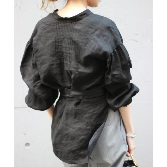 FRAMeWORK(フレームワーク)の金子綾×FRAMeWORK マオカラー ロングシャツ レディースのトップス(シャツ/ブラウス(長袖/七分))の商品写真