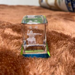 クリスタルガラスキューブル3Dレーザー彫刻 平和祈念像(彫刻/オブジェ)