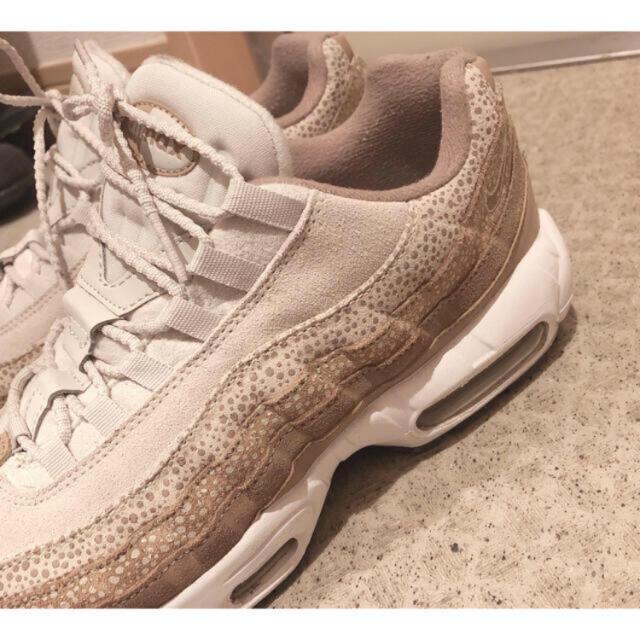 NIKE(ナイキ)の【レア】NIKE WMNS AIR MAX 95 PRM レディースの靴/シューズ(スニーカー)の商品写真