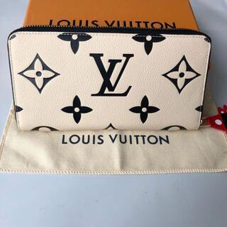 LOUIS VUITTON - LOUIS VUITTONクラフティ ジッピー・ウォレット クレーム 財布