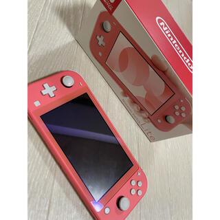 Nintendo Switchライト  コーラル本体