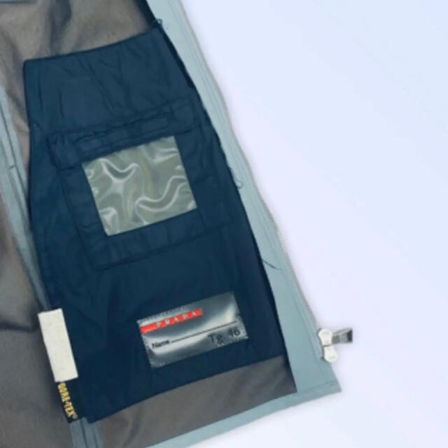 PRADA(プラダ)のレアvintage ❗️1999 プラダスポーツ スカイブルー ジップriri メンズのジャケット/アウター(ブルゾン)の商品写真