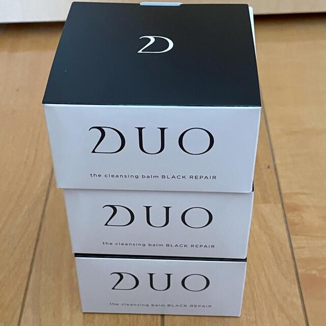DUO クレンジングバームブラック90g×3個 コスメ/美容のスキンケア/基礎化粧品(クレンジング/メイク落とし)の商品写真