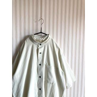 サンタモニカ(Santa Monica)の古着 レトロ  ヴィンテージ  used  デザインシャツ ポリシャツ  (シャツ)