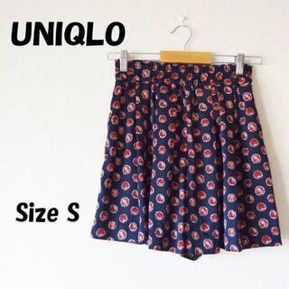 ユニクロ(UNIQLO)の古着 美品 夏服 ユニクロ ショートパンツ 紺系柄物 レディースS(ショートパンツ)