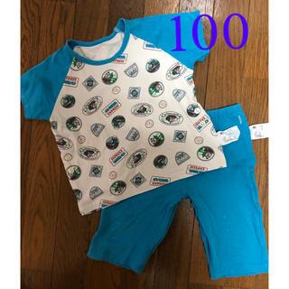 ユニクロ(UNIQLO)の水色☆トーマス ユニクロ 半袖 パジャマ  100(パジャマ)