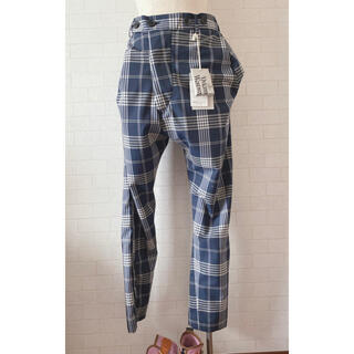 ヴィヴィアンウエストウッド(Vivienne Westwood)のVivienne Westwood チェック 変形 パンツ 新品未使用(カジュアルパンツ)