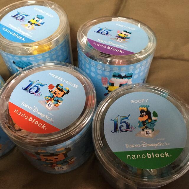 Disney(ディズニー)のディズニー ナノブロック  15周年 セット エンタメ/ホビーのおもちゃ/ぬいぐるみ(キャラクターグッズ)の商品写真
