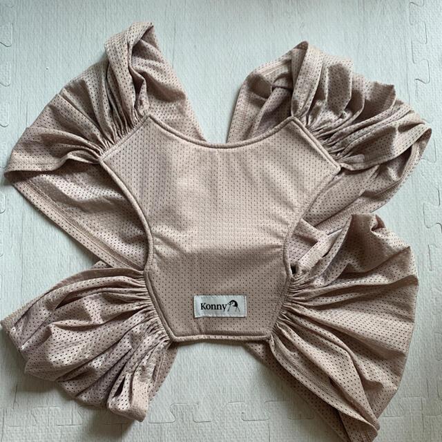 コニー 抱っこ紐 サマー Sサイズ キッズ/ベビー/マタニティの外出/移動用品(抱っこひも/おんぶひも)の商品写真