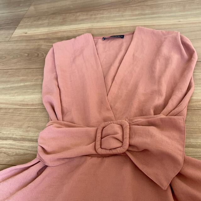 ZARA(ザラ)のZARA  ノースリーブ ウエストベルト レディースのトップス(シャツ/ブラウス(半袖/袖なし))の商品写真