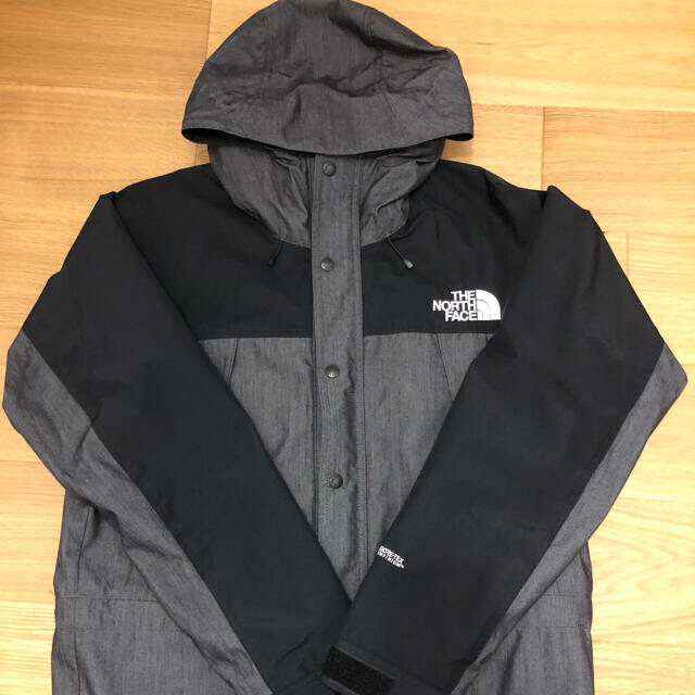 THE NORTH FACE(ザノースフェイス)のノースフェイスマウンテンライトデニムジャケット メンズのジャケット/アウター(マウンテンパーカー)の商品写真