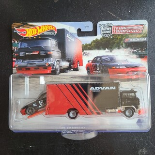 ニッサン(日産)のホットウィール トランスポーター 日産 スカイラインgtr r32(ミニカー)