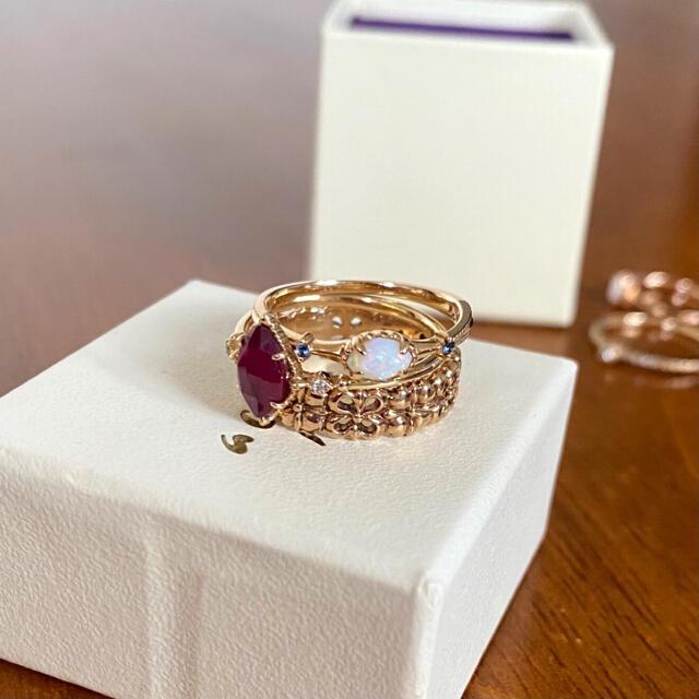agete(アガット)のagete  オパール&サファイア K10 リング レディースのアクセサリー(リング(指輪))の商品写真