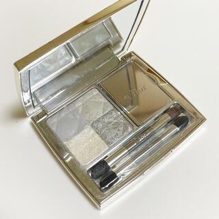 ディオール(Dior)のディオール ブルータイ スモーキングホワイト 002(アイシャドウ)