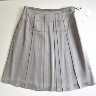 ロペ(ROPE)のROPE スカート ボックスプリーツ 11号 グレー 未使用(ひざ丈スカート)