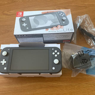 ニンテンドースイッチ(Nintendo Switch)のNintendoSwitchライト グレー(携帯用ゲーム機本体)