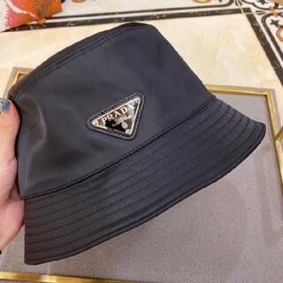 新品プラダ 黒い 帽子