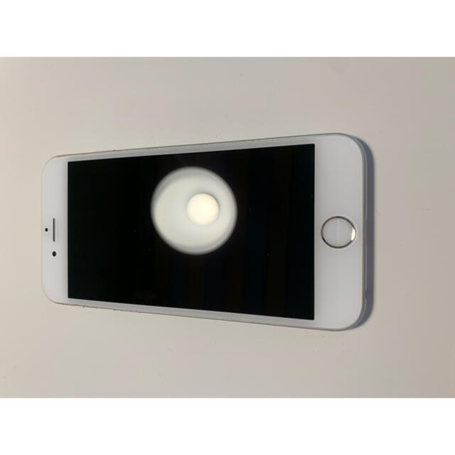 Apple(アップル)のiPhone6s silver 32GB スマホ/家電/カメラのスマートフォン/携帯電話(スマートフォン本体)の商品写真