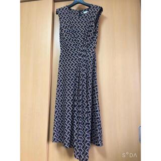 エポカ(EPOCA)の最終価格❣️エポカザショップ ジオメトリックプリントドレス(ひざ丈ワンピース)