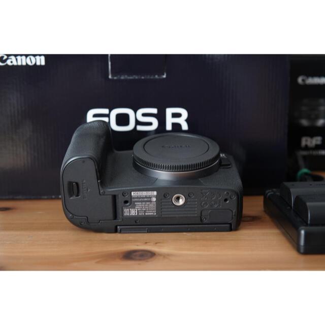 Canon(キヤノン)のCanon(キャノン)EOS R 本体+レンズ2本セット スマホ/家電/カメラのカメラ(ミラーレス一眼)の商品写真