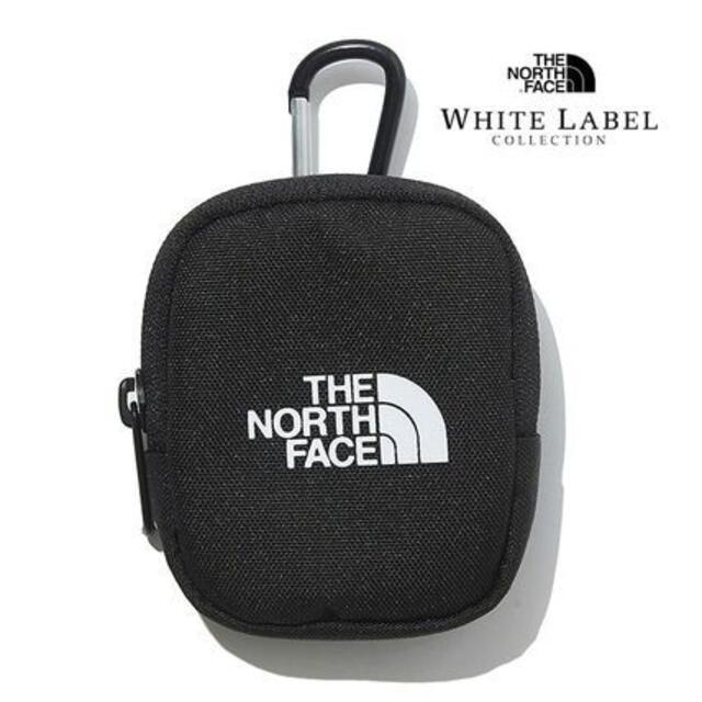 THE NORTH FACE(ザノースフェイス)の新作♢ ノースフェイス ホワイトレーベル ミニポーチ カナビラ付き レディースのファッション小物(ポーチ)の商品写真