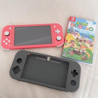 ニンテンドースイッチ(Nintendo Switch)のNintendo  Switchlite  ライト コーラルピンク どうぶつの森(携帯用ゲーム機本体)