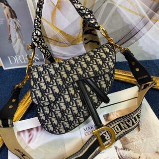 ディオール(Dior)のクリスチャンディオール サドル ショルダーバッグ(ショルダーバッグ)