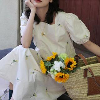 dholic - すぐ発送!新作セール【韓国ファッション】花 刺繍 ワンピース ZARA