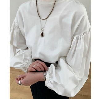 STUDIOUS - 2020 CLANE  COMBINATION PUFF TOPS