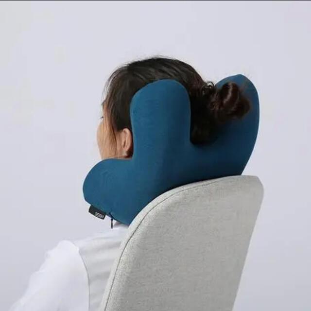GENIAL nappillow デスク ナップピロー お昼寝枕 低反発 インテリア/住まい/日用品の寝具(枕)の商品写真