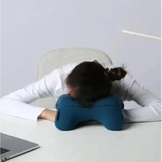 GENIAL nappillow デスク ナップピロー お昼寝枕 低反発