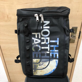 THE NORTH FACE - THE NORTH FACE 30L.