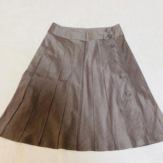 kumikyoku(組曲) - 組曲(kumikyoku)♡サテン プリーツ 連ボタン クラシカル 膝丈スカート