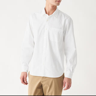 ムジルシリョウヒン(MUJI (無印良品))の超長綿洗いざらしブロードシャツ 紳士XL・白(シャツ)
