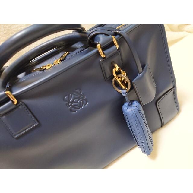 LOEWE(ロエベ)の新品未使用 ロエベ LOEWE アマソナ バッグ チャーム付 レディースのバッグ(ハンドバッグ)の商品写真