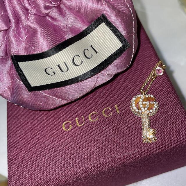 Gucci(グッチ)のGUCCI クリスタル付き ダブルG キー ネックレス レディースのアクセサリー(ネックレス)の商品写真