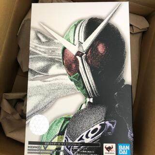 BANDAI - S.H.Figuarts(真骨彫製法) 仮面ライダーW サイクロンジョーカー