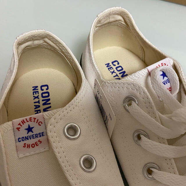CONVERSE(コンバース)の【コンバース】白×黒ライン スニーカー レディースの靴/シューズ(スニーカー)の商品写真