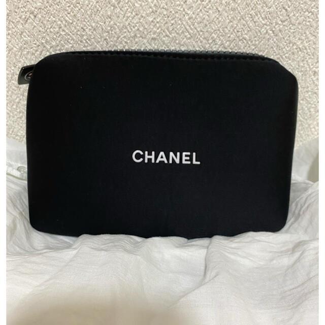 CHANEL(シャネル)の新品未使用訳あり‼️CHANELノベルティポーチ♡ レディースのファッション小物(ポーチ)の商品写真
