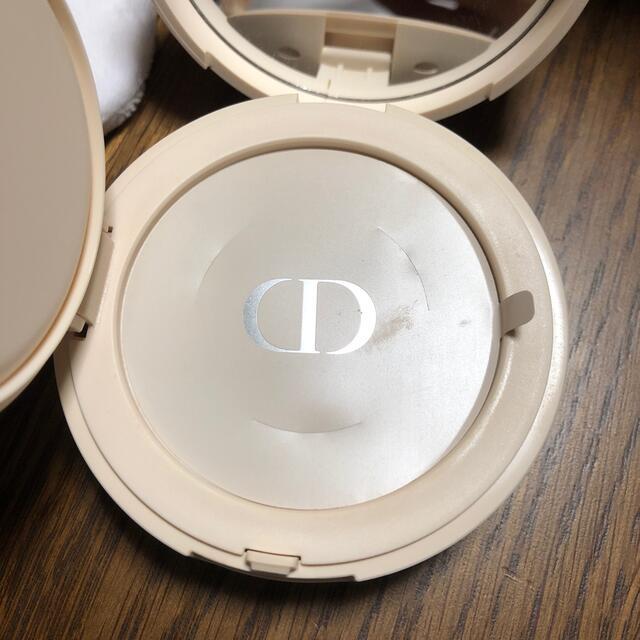 Dior(ディオール)のディオールスキン🖤CD🖤フォーエヴァークッションパウダー コスメ/美容のベースメイク/化粧品(フェイスパウダー)の商品写真