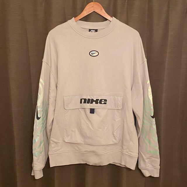 NIKE(ナイキ)の美品 NIKE   ナイキ フロントポケット スウェット ストリート 古着  メンズのトップス(スウェット)の商品写真
