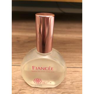 フィアンセ(FIANCEE)のフィアンセパルファンドトワレピュアシャンプー(香水(女性用))