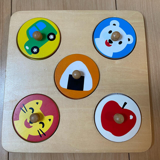 ボーネルンド(BorneLund)の木製まるパズル 型はめパズル(知育玩具)