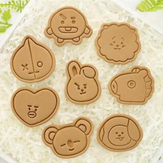 ボウダンショウネンダン(防弾少年団(BTS))の可愛い!!♡♡♡BT21 キャラクター クッキー 型(調理道具/製菓道具)