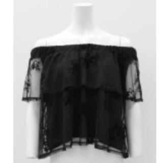 アナップ(ANAP)のオフショルトップス レース刺繍(シャツ/ブラウス(半袖/袖なし))