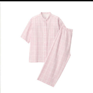 ムジルシリョウヒン(MUJI (無印良品))の脇に縫い目のない サッカー織り半袖パジャマ 婦人S・ピンク×柄七分袖パンツ(パジャマ)