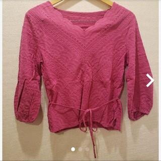 アーバンリサーチ(URBAN RESEARCH)のアーバンリサーチ トップス 七分丈 ピンク(Tシャツ(半袖/袖なし))