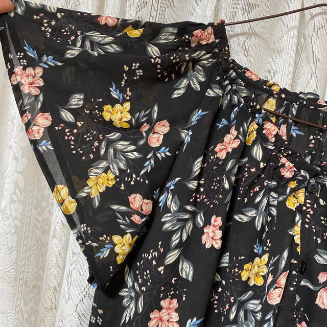 新品 しまむら 花柄ワンピース レディースのワンピース(ひざ丈ワンピース)の商品写真